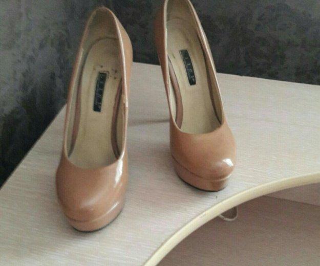 Лаковые туфли 36 размер. Фото 2. Пермь.
