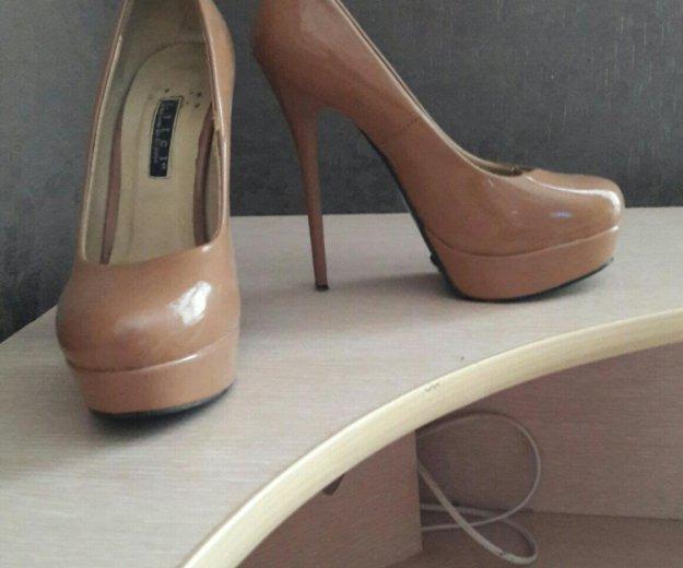 Лаковые туфли 36 размер. Фото 3. Пермь.