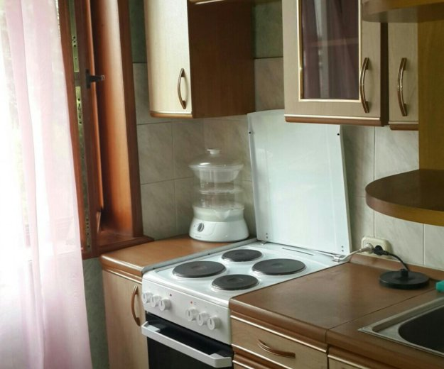Сдам 2-комнатную квартиру. Фото 2. Кемерово.