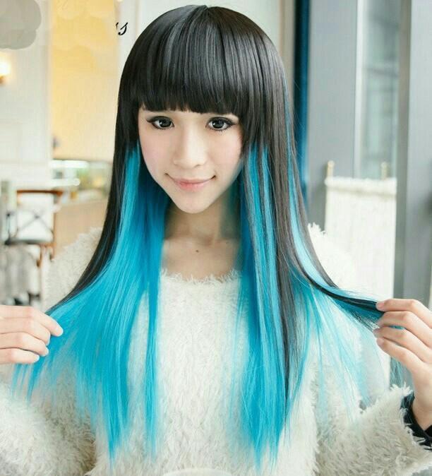 этом её, японка в синем парике согласились
