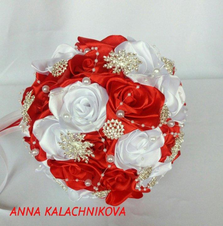 Подобрать букет для невесты из атласных лент розы, новогодние