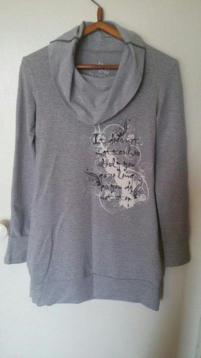 платье-туника – купить в Барнауле, цена 150 руб., продано 9 декабря ... b4693cb02ca