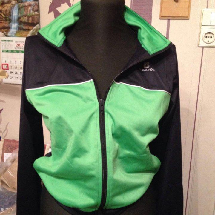 Спортивные куртки 40-42 разм – купить в Санкт-Петербурге, цена 350 ... bddfa0b5212