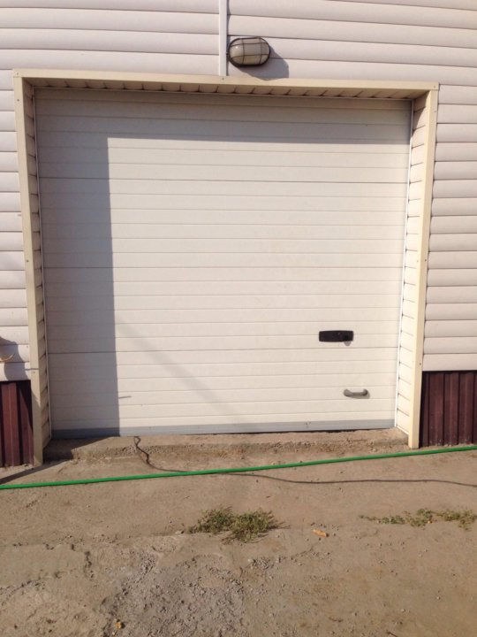 Подъемные ворота для гаража купить в калуге купить дом с гаражом во владимире