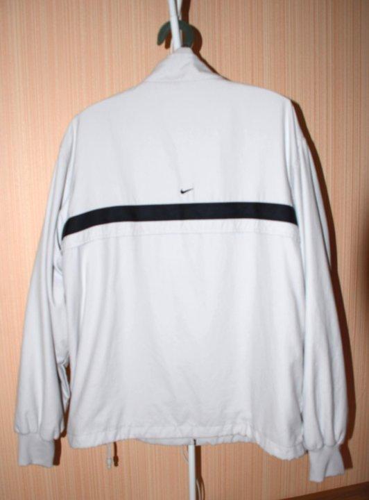 260619a0 Мужская куртка-ветровка Nike (оригинал) – купить в Омске, цена 800 ...
