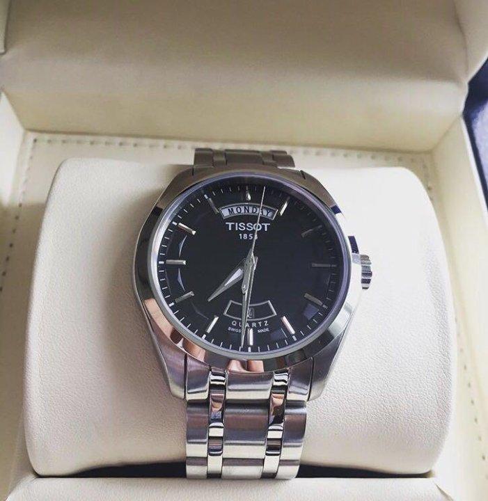 Часы Tissot с черным циферблатом