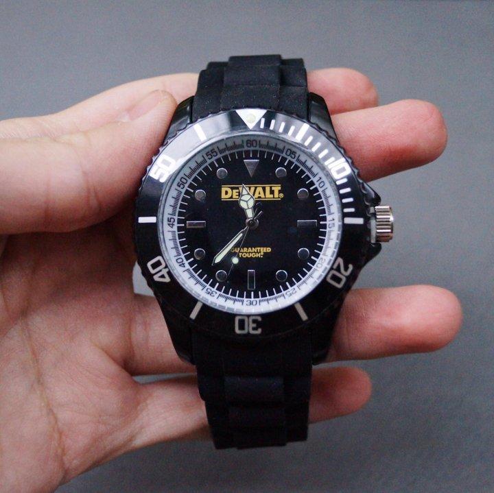 Наручные часы dewalt китайские часы наручные недорого