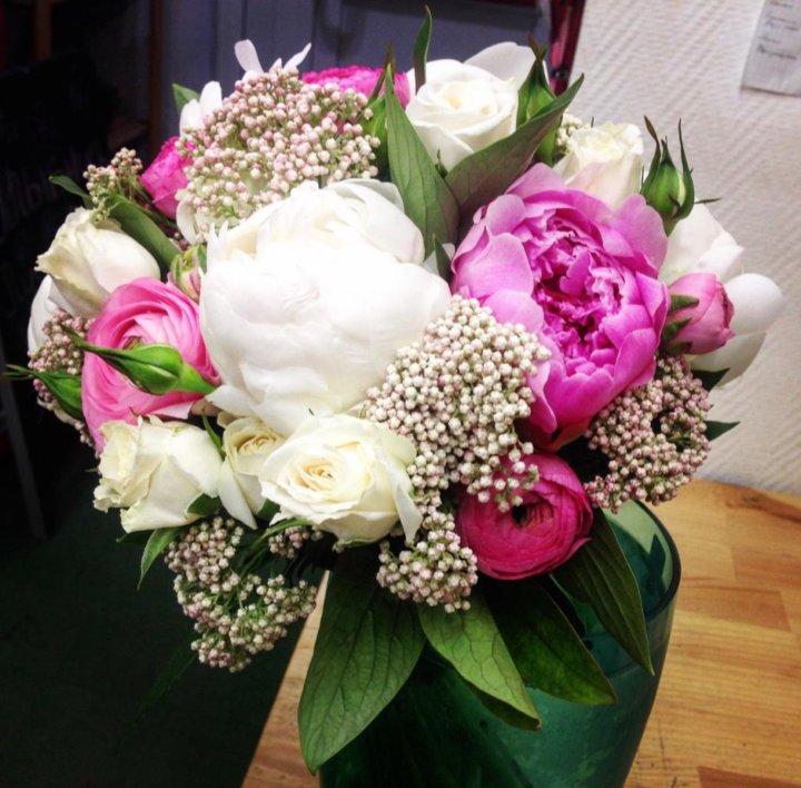 Цветочные композиции букеты невесты фото, салон цветов свадебные букеты