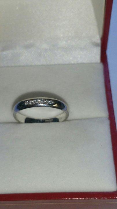 Кольцо из белого золота с 7 бриллиантами – купить в Хабаровске, цена ... da2411e080c