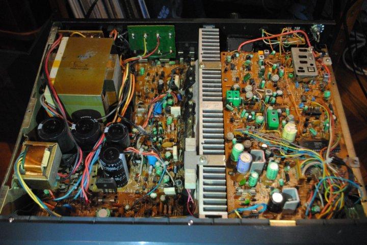 Ресивер NAD Monitor Series 7100 – купить в Санкт-Петербурге