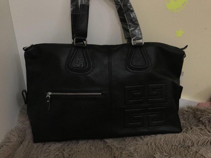 c9ee9479a8e9 Дорожная сумка Givenchy – купить в Москве, цена 4 000 руб., продано ...