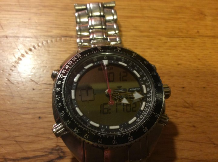 Оригинальные швейцарские часы sector часы полностью изготовлены и собраны в швейцарии (swiss made).