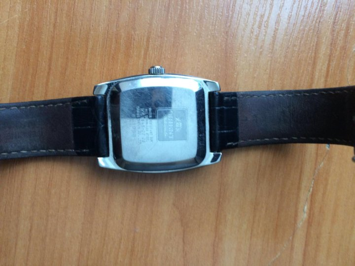 Часы кургане продать в победа стоимость ручных часов