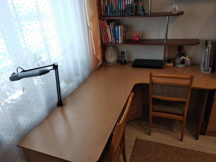 угловой письменный стол для двоих с полками купить в санкт