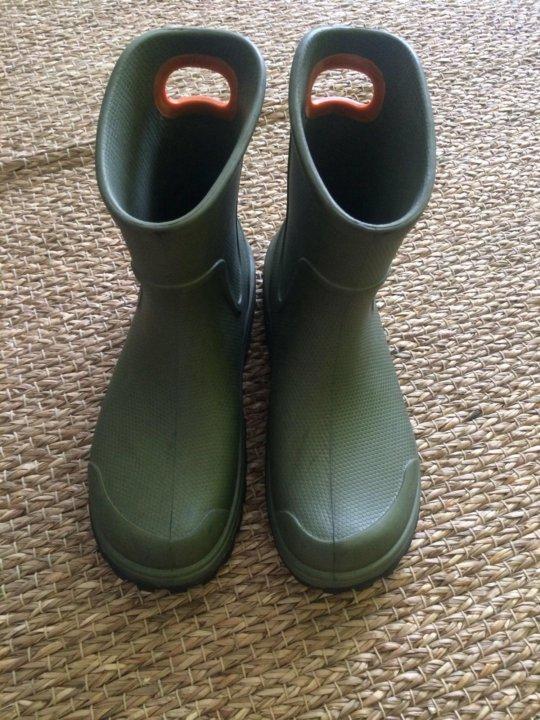 d51961853 Резиновые сапоги мужские Crocs – купить в Москве, цена 1 900 руб ...