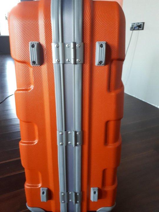 2d9f25870323 Пластиковый чемодан – купить в Волгограде, цена 5 000 руб., продано ...