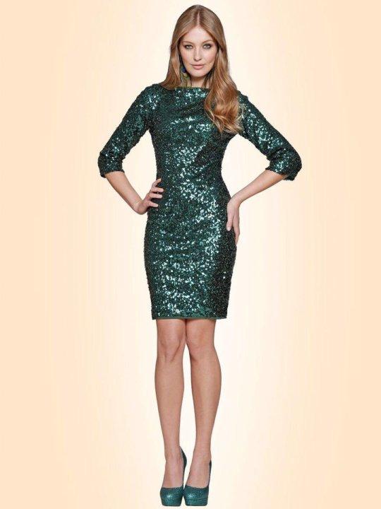 85af7fa1ad8366f Зеленое платье с пайетками/паетками – купить в Москве, цена 1 500 ...
