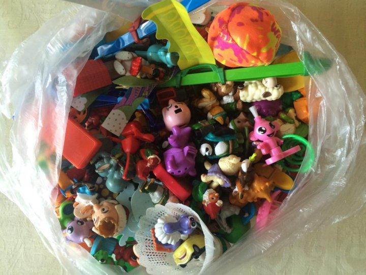 f318bf514f2c8 Игрушки для детей киндер – купить в Барнауле, цена 500 руб., дата ...