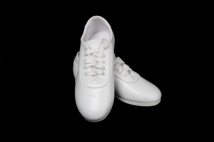 ecf015b1 Кроссовки для спортивной аэробики