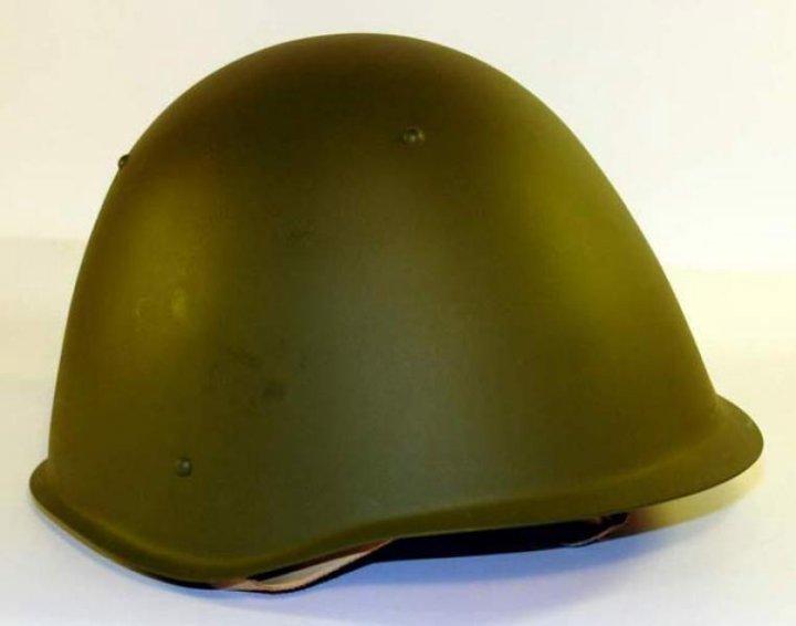 Фото военных касок