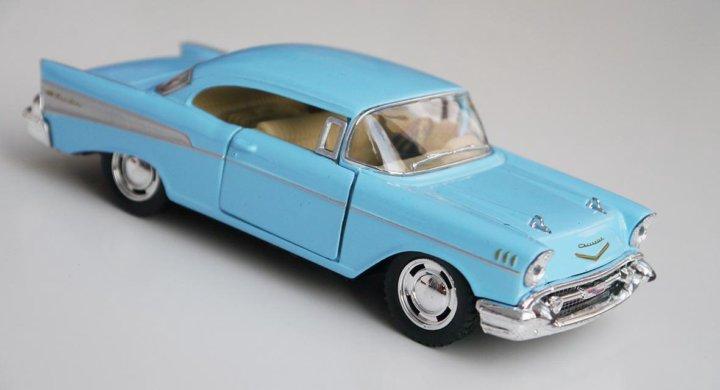 Kinsmart Chevrolet Bel Air 1957 250