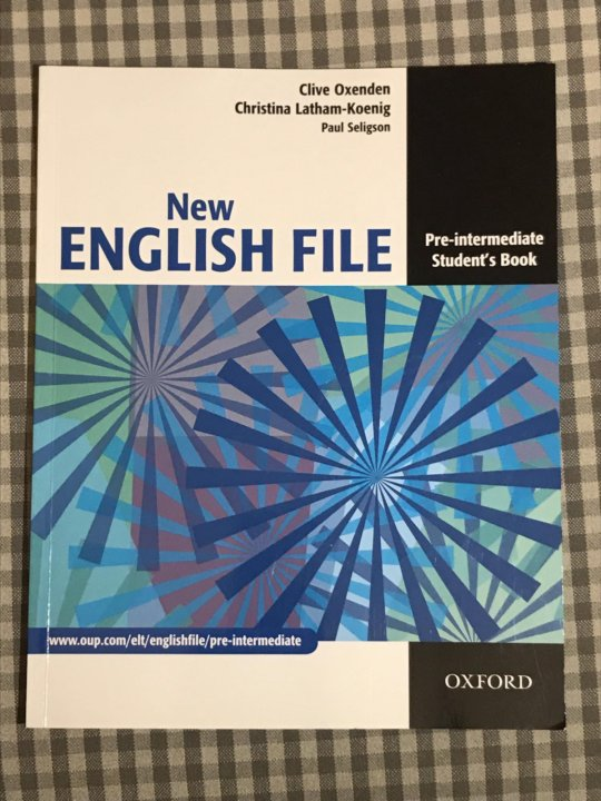 New English File Pre Intermediate Book