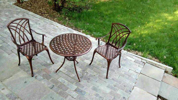 литая мебель набор стол и два кресла 2 купить в москве