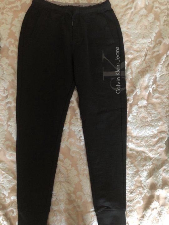 e3d52b72 Новые мужские спортивные штаны Calvin Klein – купить в Москве, цена ...