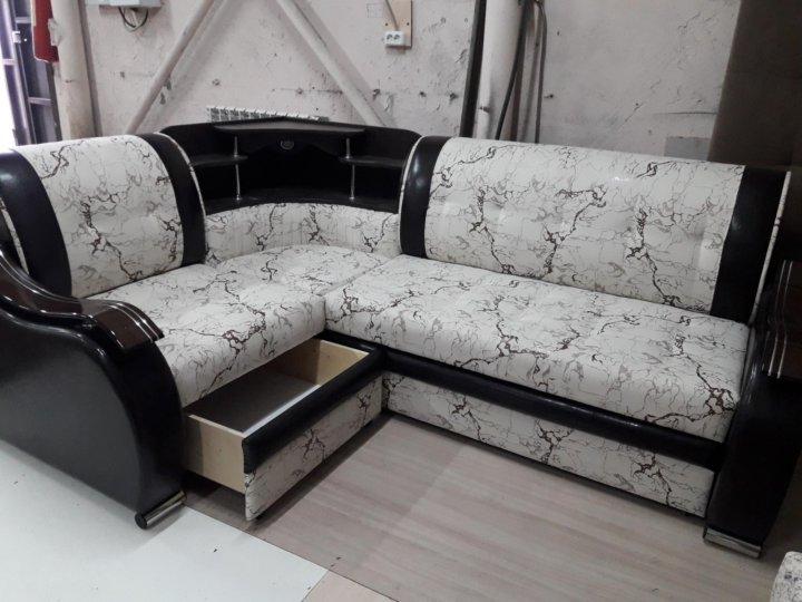 угловой диван с баром картинки работой занимались инженеры