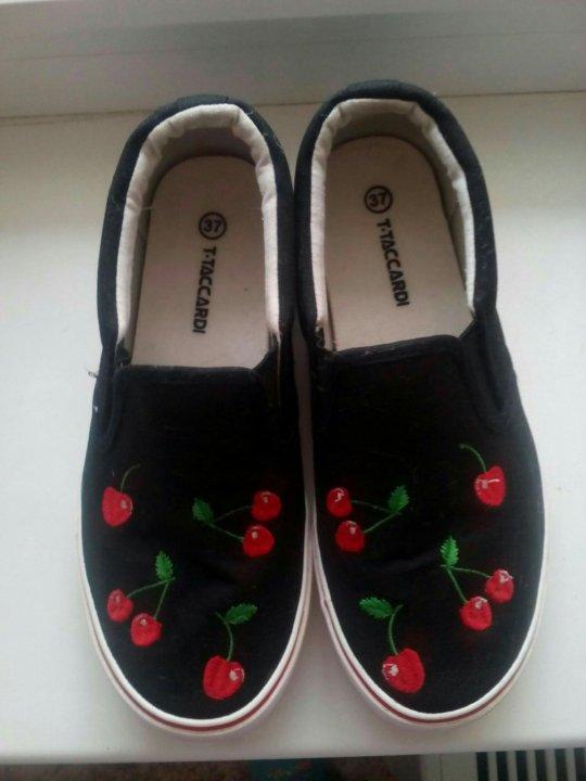 Слипоны. – купить в Томске, цена 550 руб., продано 5 сентября – Обувь 23453638b01