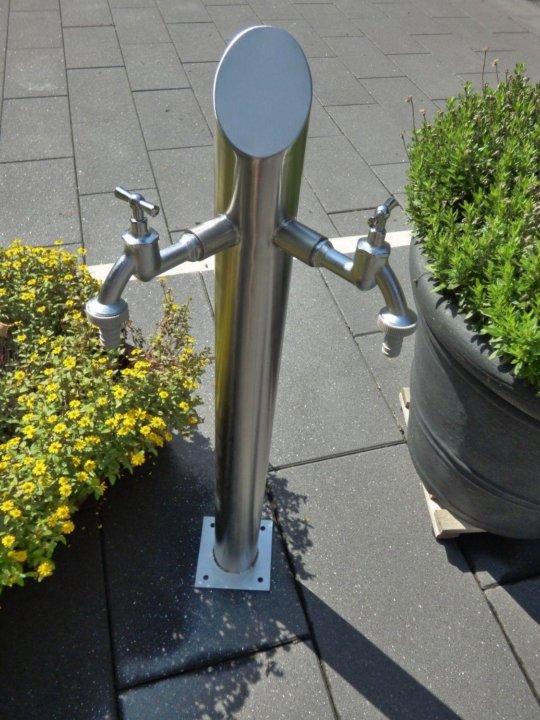 уличные краны для воды фото стройной талии