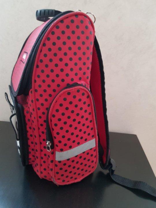 c05c158560f4 Портфель для девочки – купить в Майкопе, цена 500 руб., продано 27 ...