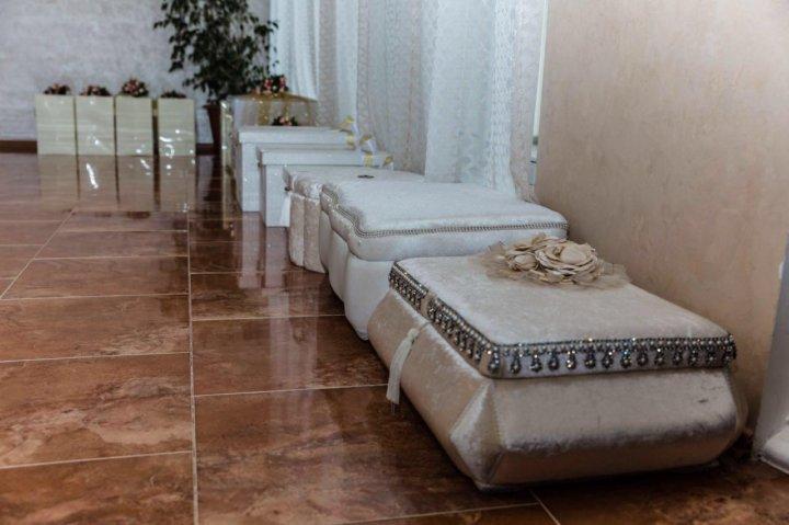 Свадебные чемоданы – купить в Грозном, цена 5 000 руб., продано 5 ... 182113360c2