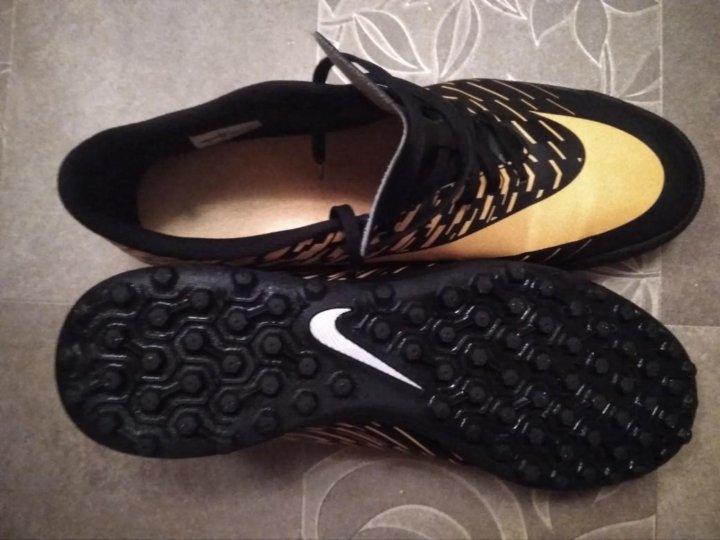 Шиповки Футбольные Бутсы Сороконожки Nike – купить в Москве, цена 3 ... 7703fa66aa0