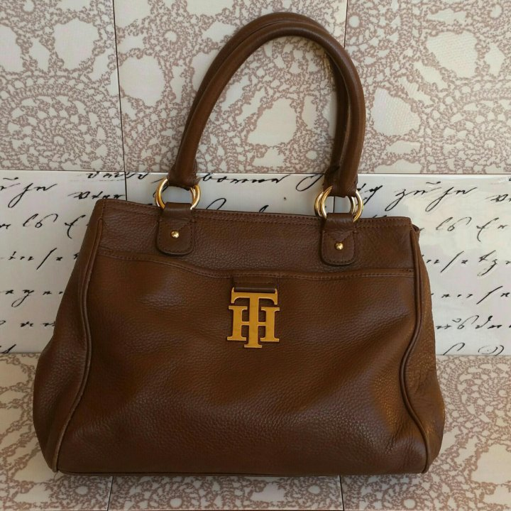 f820b695fbd0 Женская сумка Tommy Hilfiger (США) – купить в Москве, цена 2 000 руб ...