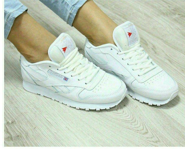05c0aaa638ddf0 Новые женские кроссовки Reebok – купить в Уфе, цена 800 руб ...