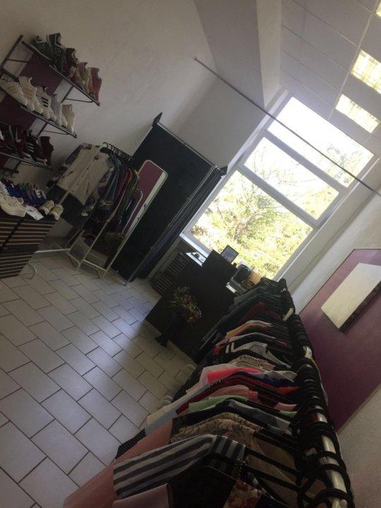 f27d5d0f6f73 Шоу-рум женской одежды – купить в Омске, цена 184 999 руб., дата ...