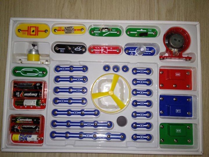 Электронный конструктор Знаток 180 для детей - Обзор