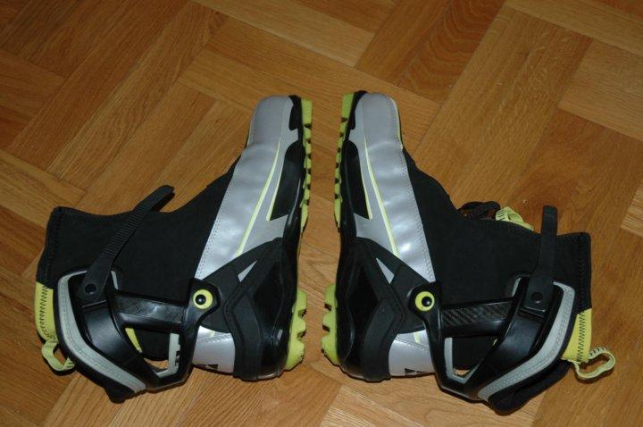 Новые лыжные ботинки Fischer RC5 Combi (45 размер) – купить в Москве ... ad41fbfb83a