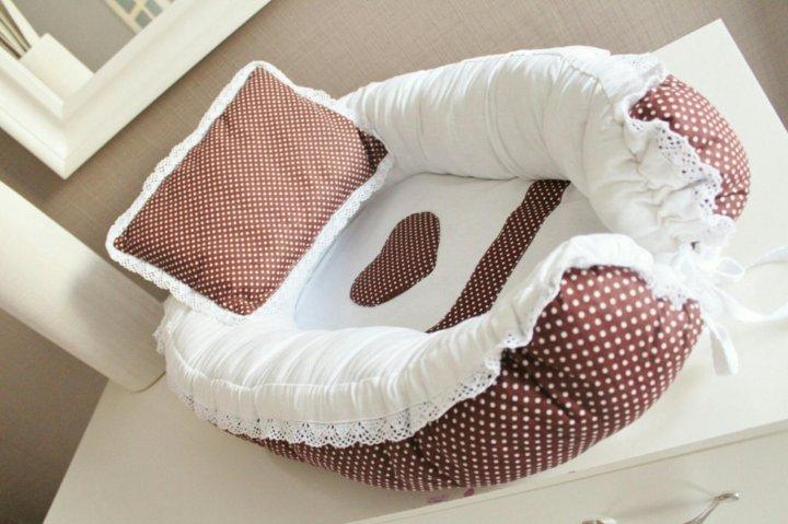 Некоторые материалы при производстве коконов применяют и при изготовлении матрасов в детские кроватки.