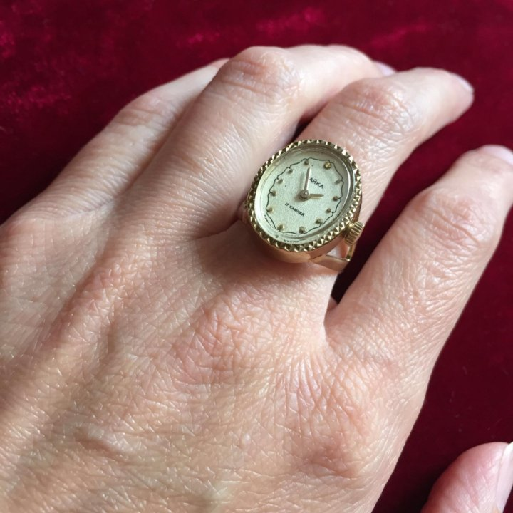Кольцо часы фото