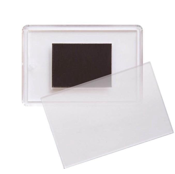 случае фото в пластике магнит можно