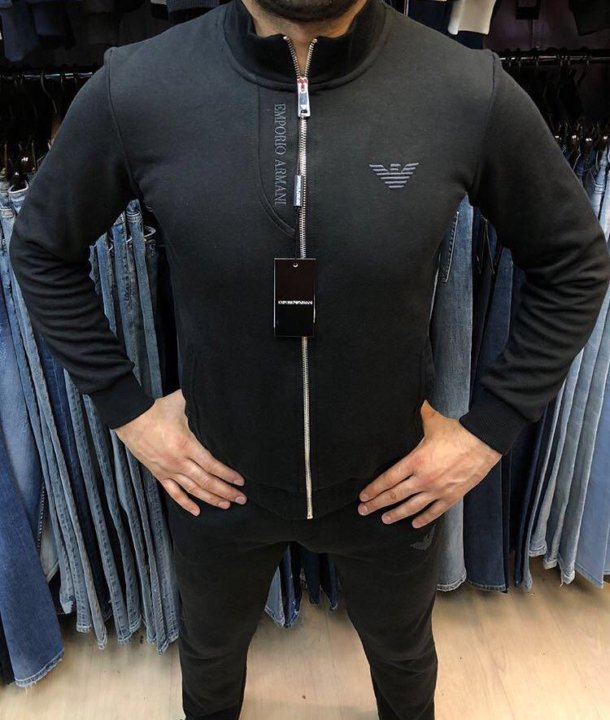 Спортивный костюм Armani – купить в Санкт-Петербурге, цена 6 000 руб ... 22c723a8642