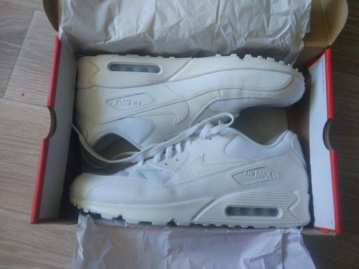 5fbc3a061103 Кроссовки Nike белые – купить в Владивостоке, цена 7 990 руб., дата ...