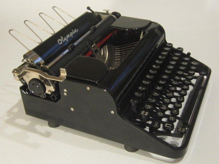 фотографии фото печатная машинка олимпия шкафы купе