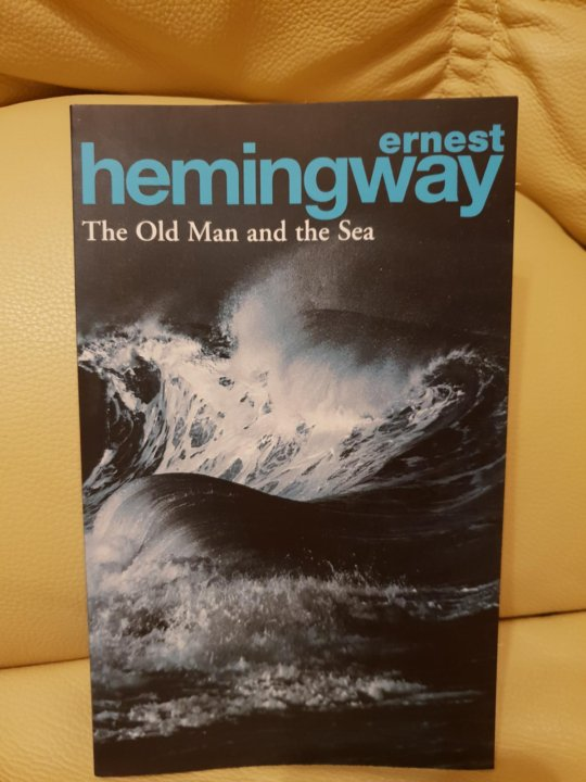 an analysis of the old man and the sea by ernest hemingway From plot debriefs to key motifs, thug notes' the old man and the sea summary & analysis has you covered with themes, symbols, important quotes, and more in all hemingway's books, there are two kinds of bruthas- the big dawgs and the lil ol bitches the bitches ain't nothin but yo ordinary scrubs.