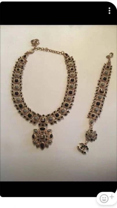 a5434fc5360f Бижутерия Chanel – купить в Москве, цена 1 500 руб., дата размещения ...