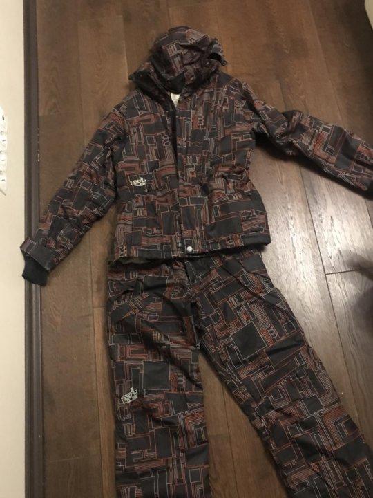 Горнолыжный Сноубордический костюм – купить в Москве, цена 6 000 руб ... 8b7d52a43c8