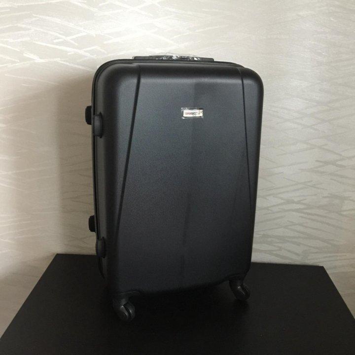 Чемодан черный новый – купить в Томске, цена 2 490 руб., дата ... ffcde5f1f2d