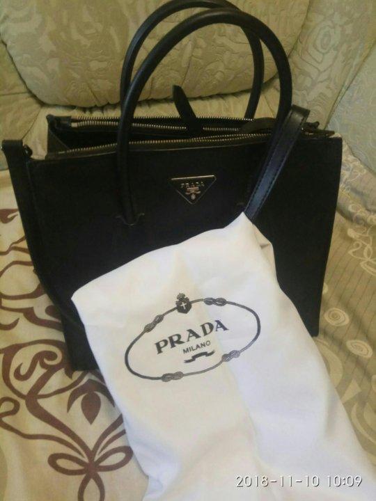 71a97b66e2dc Кожаная сумка Prada. – купить в Москве, цена 3 000 руб., дата ...